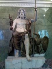 roman-god-jupiter-statue